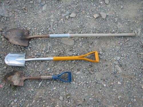 Image of three variously sized shovels