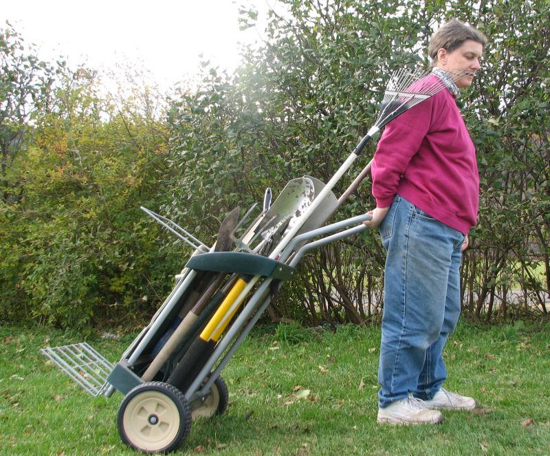 Tool Cart Arranged Incorrectly
